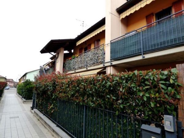 Bilocale Merlino Via Lodi 3