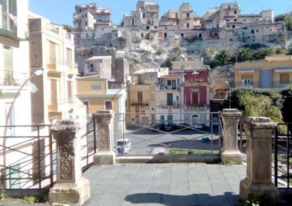 Casa indipendente in Vendita a Lentini Periferia: 4 locali, 150 mq