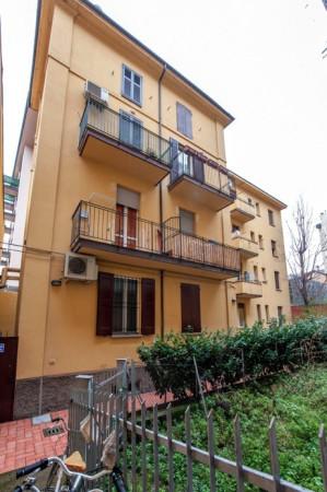 Bilocale Bologna Via Pier Dè Crescenzi 1