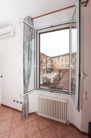 Bilocale Bologna Via Pier Dè Crescenzi 12