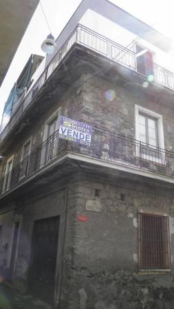 Appartamento in vendita a Paternò, 5 locali, prezzo € 85.000 | Cambio Casa.it