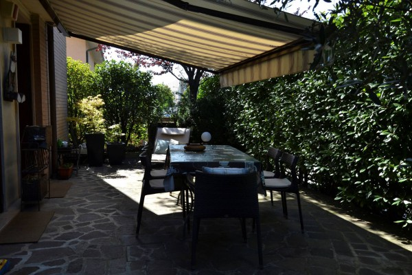 Appartamento in vendita a Vedano al Lambro, 4 locali, prezzo € 430.000   Cambio Casa.it