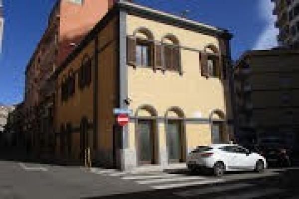 Palazzo in Vendita a Cagliari: 5 locali, 400 mq