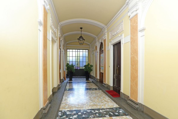 Bilocale Torino Via Sant'ottavio 9