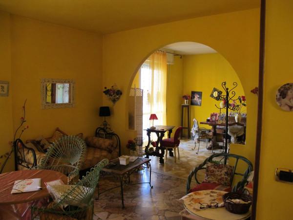 Appartamento in Vendita a Pistoia Periferia: 5 locali, 110 mq