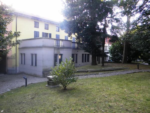 Appartamento in vendita a Somma Lombardo, 3 locali, prezzo € 115.000 | Cambio Casa.it