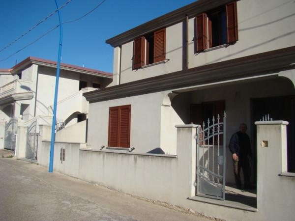 Villa in vendita a Dorgali, 6 locali, Trattative riservate | Cambio Casa.it