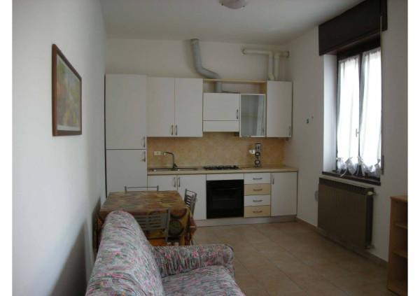 Appartamento in affitto a Magnago, 2 locali, prezzo € 450 | CambioCasa.it