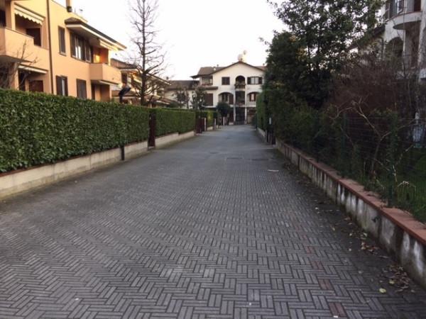 Bilocale Lainate Via Grancia 2