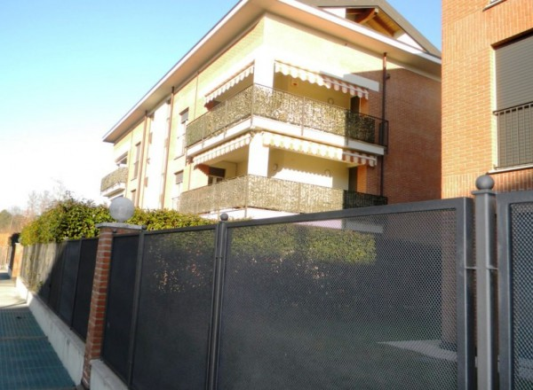 Appartamento in vendita a Cassano Magnago, 3 locali, prezzo € 195.000 | Cambio Casa.it
