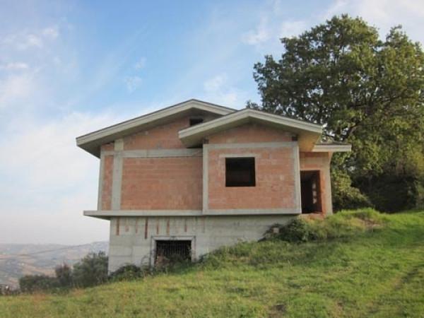 Villa in vendita a Penna Sant'Andrea, 6 locali, prezzo € 89.000 | Cambio Casa.it