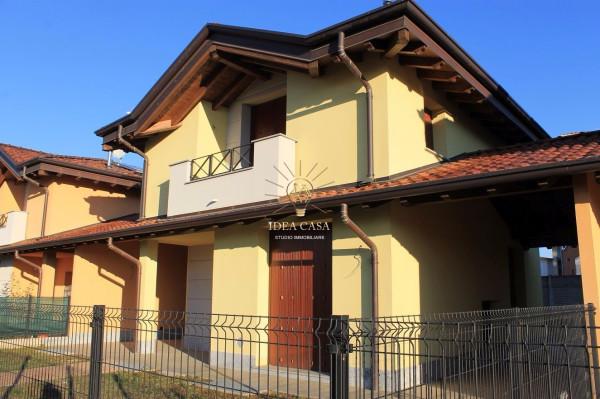 Villa in vendita a Cernusco Lombardone, 5 locali, prezzo € 325.000 | Cambio Casa.it