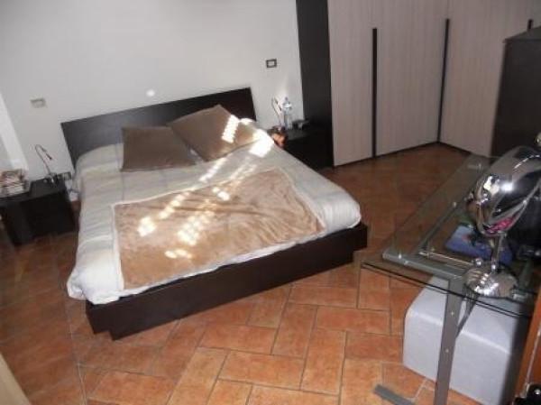 Bilocale Cesano Boscone Via Dante Alighieri 11