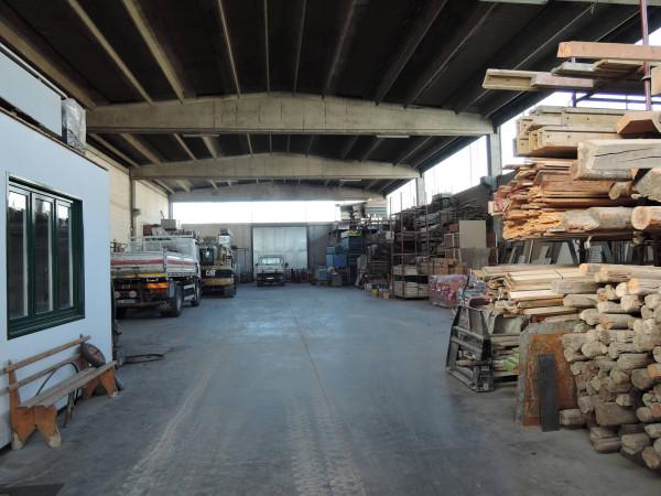 Capannone in vendita a Capriano del Colle, 2 locali, prezzo € 550.000 | Cambio Casa.it