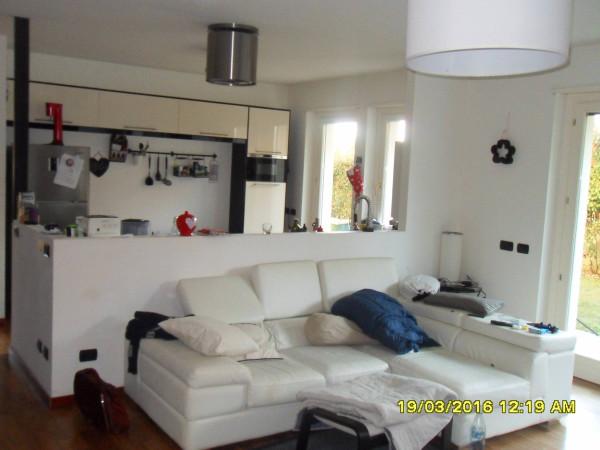 Appartamento in vendita a Uboldo, 3 locali, prezzo € 210.000 | Cambio Casa.it