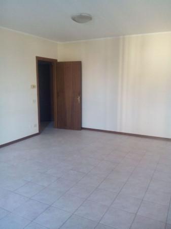 Appartamento in Affitto a San Martino In Rio Centro: 3 locali, 80 mq