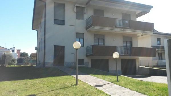 Villa in vendita a Cardano al Campo, 4 locali, prezzo € 195.000 | Cambio Casa.it
