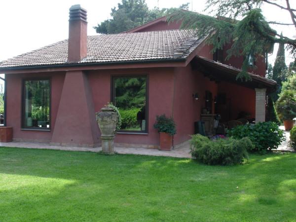Villa in vendita a Nepi, 6 locali, prezzo € 750.000 | Cambio Casa.it