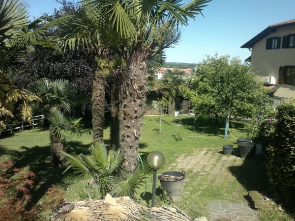 Villa in vendita a Vergiate, 5 locali, prezzo € 450.000 | CambioCasa.it