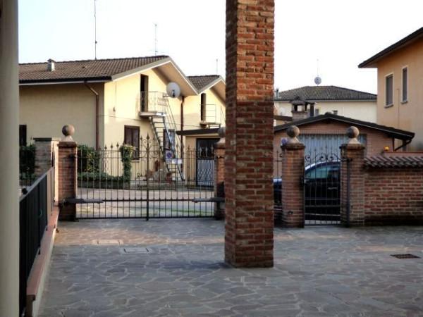 Bilocale Palazzo Pignano Via Castellazo 5