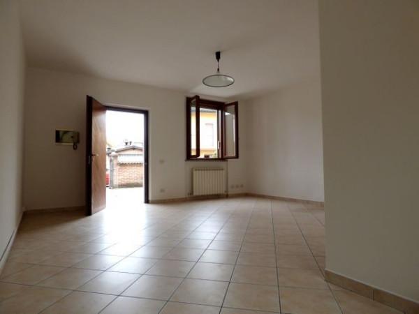 Bilocale Palazzo Pignano Via Castellazo 9