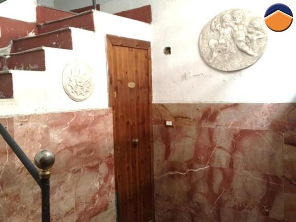 Bilocale Palermo Via Dei Leoni 2