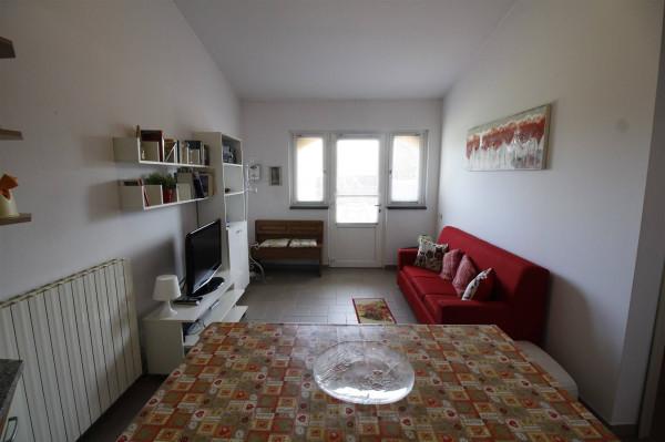 Bilocale Capannori Via Del Casalino 2