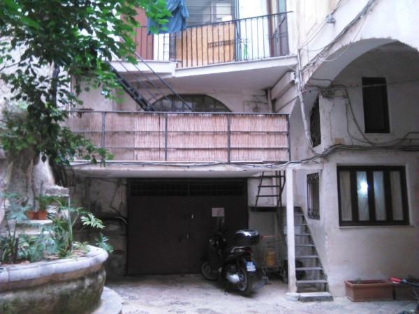 Bilocale Palermo Via Vittorio Emanuele 2