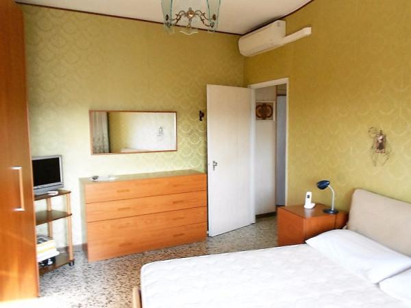 Bilocale Milano Via Lodovico Il Moro 12