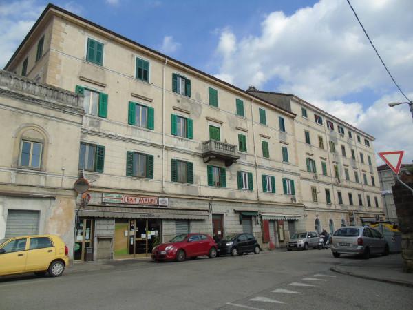 Appartamento in vendita a Trieste, 6 locali, prezzo € 168.000 | Cambio Casa.it