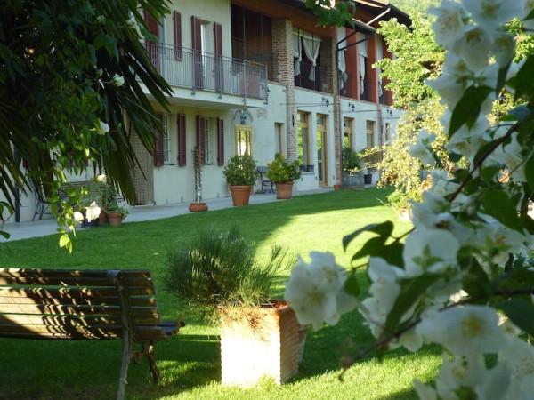 Rustico / Casale in vendita a Moncucco Torinese, 6 locali, prezzo € 750.000 | CambioCasa.it