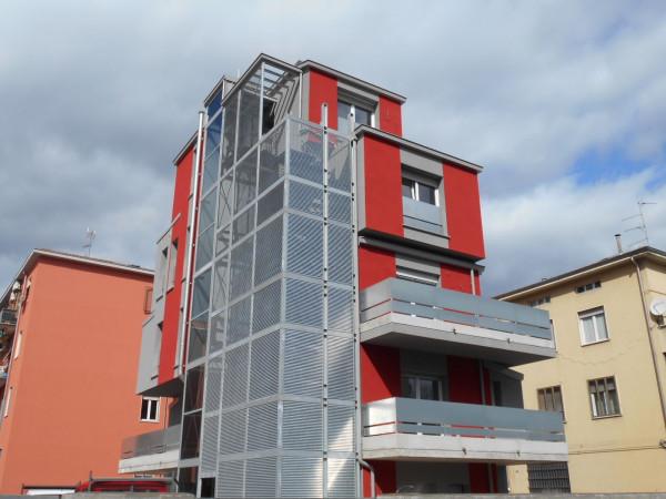 Bilocale Parma Via Savani 2