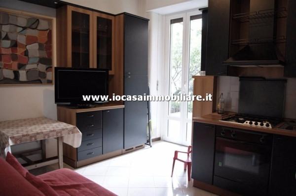 Bilocale Milano Via Carlo Boncompagni 1