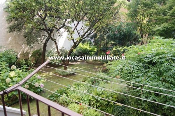 Bilocale Milano Via Carlo Boncompagni 13