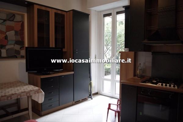 Bilocale Milano Via Carlo Boncompagni 3