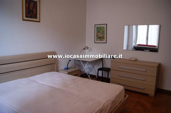 Bilocale Milano Via Carlo Boncompagni 8