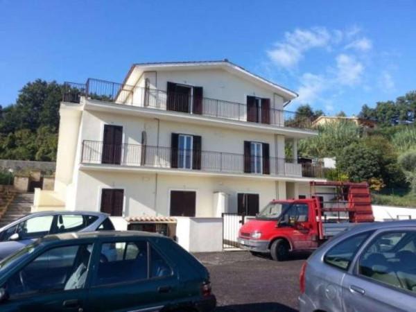 Bilocale Rignano Flaminio Via Giuseppe Valadier 6