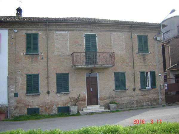 Rustico / Casale in vendita a Codevilla, 6 locali, prezzo € 195.000 | Cambio Casa.it
