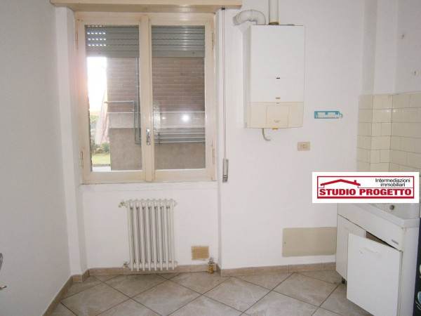 Bilocale Mariano Comense Via Piave 10
