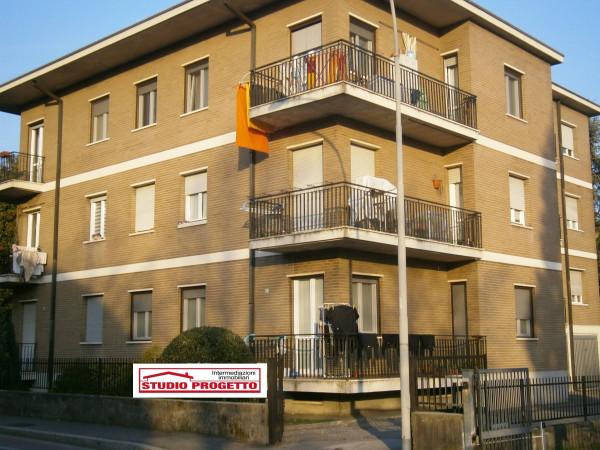 Bilocale Mariano Comense Via Piave 11