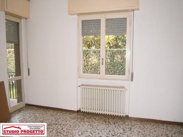 Bilocale Mariano Comense Via Piave 7