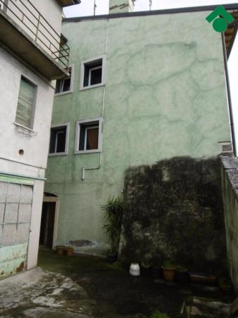 Bilocale Pescantina Via Colli, 17 8