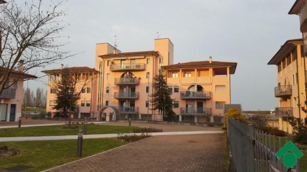 Bilocale Landriano Via C.cattaneo 2