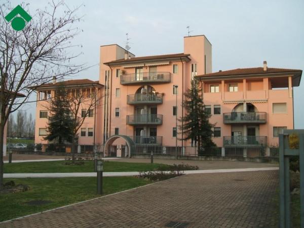 Bilocale Landriano Via C.cattaneo 3