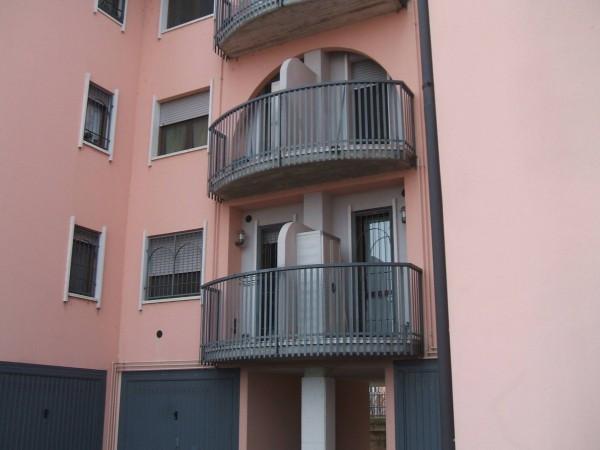 Bilocale Landriano Via C.cattaneo 4