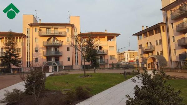 Bilocale Landriano Via C.cattaneo 5