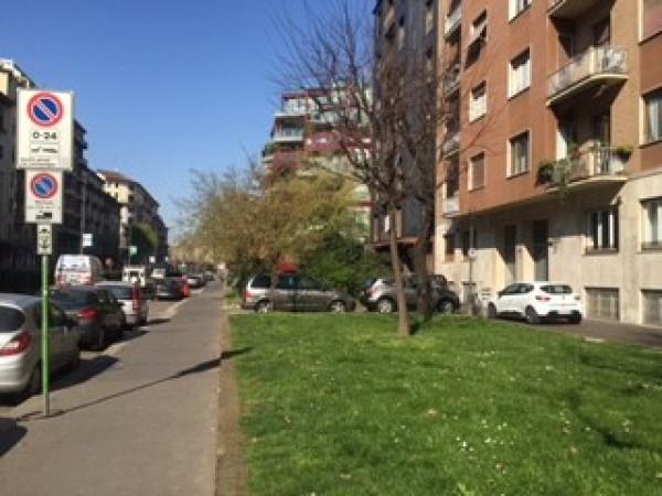 Immobile Commerciale in vendita a Milano (Porta Vittoria, Porta Romana, Tribunale, Crocetta)-http://mediaserver.getrix.it/ad/55670546/1/80ae6ad49e5e62fbc26f46043b2c3220/print.jpg
