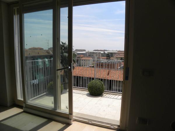 Bilocale Milano Via Ponte Nuovo 1