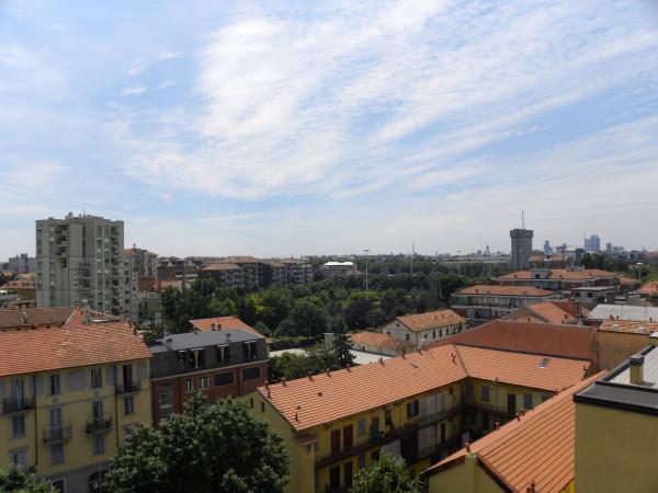 Bilocale Milano Via Ponte Nuovo 8