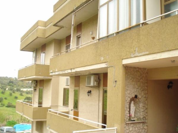 Appartamento in vendita a Soverato, 6 locali, prezzo € 160.000 | Cambio Casa.it